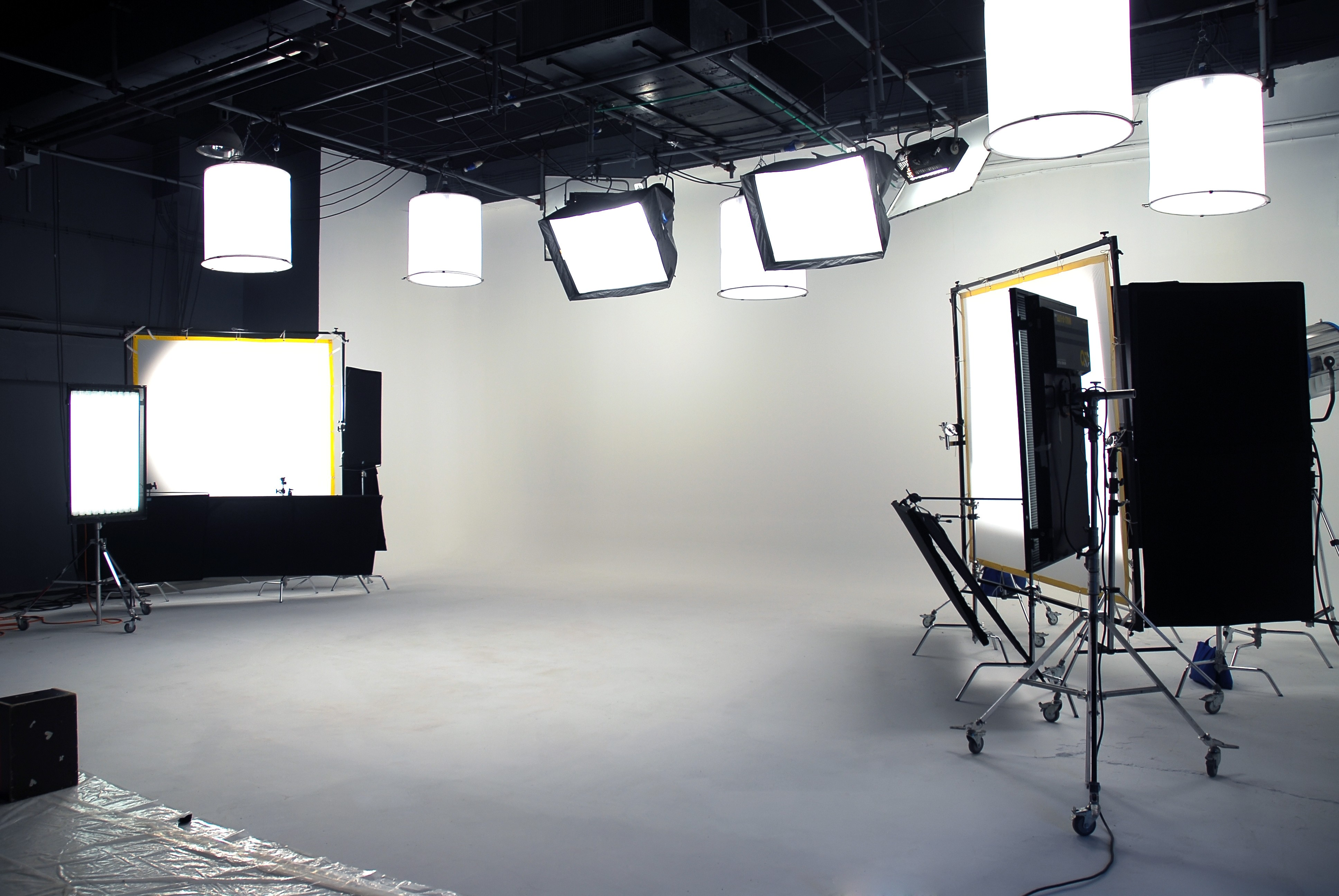On location webcast and video streaming servcies